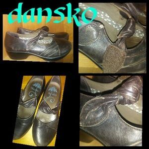 Dansko Shoes leather size 9 euro 39 clogs dress up